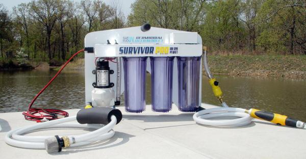 Model Survivor Pro UV Solar/Battery Water Purification System